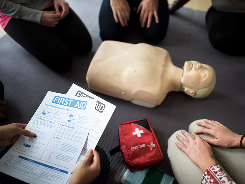 mannequin de formation pour premiers secours